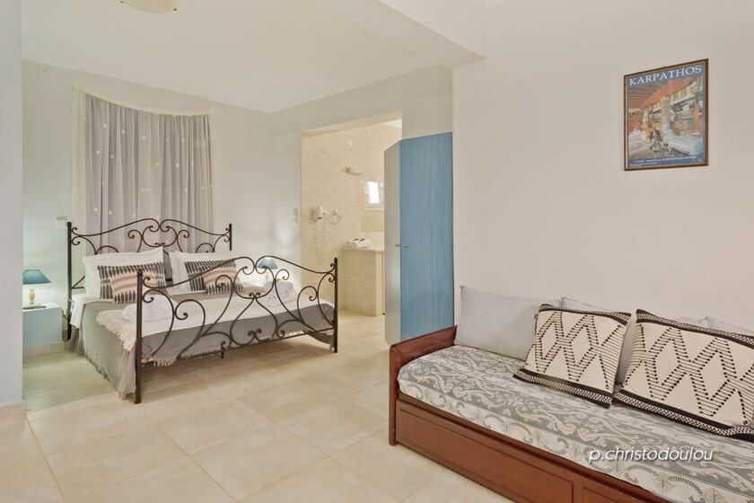 Kalimera Karpathos - Suite II - Bedroom Living Room